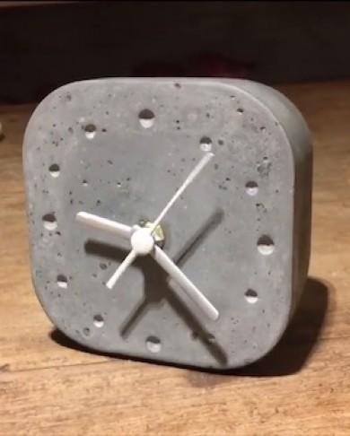 Relógio Quadrado 2