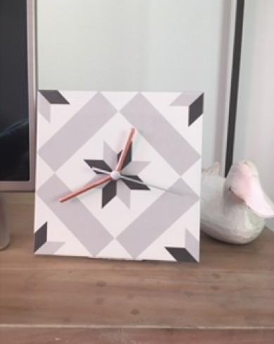 Relógio Porcelanato e concreto