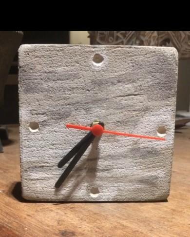 Relógio Concreto Quadrado